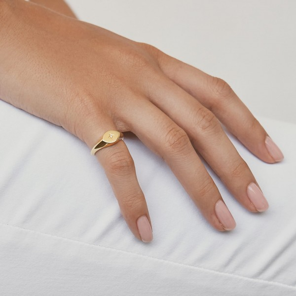 Star Signet ring gold sample