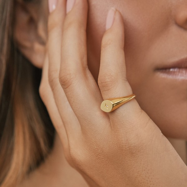 Star Signet ring gold sample 3