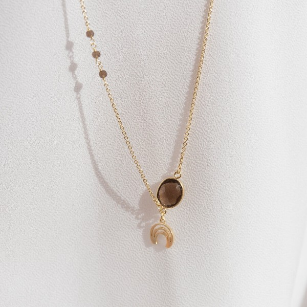 Smoky Long Gold necklace detail