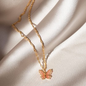 Butterfly gold necklace detail 2
