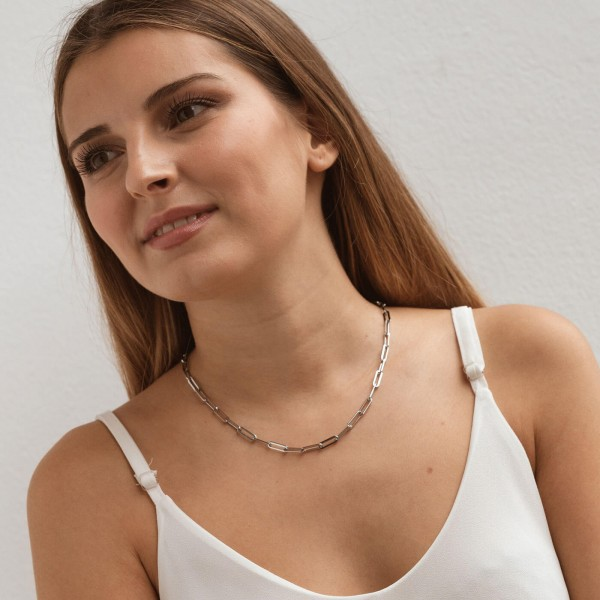 Big silver link chain necklace girl